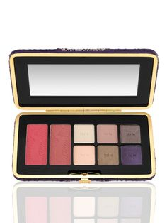 Tarte.com 30%off till 8/4 and free shipping for all orders over $40 Code TARTEFF