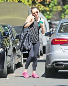 Fitness enthusiast: Daisy Ridley ensured she'd stay in shape for her strenuous Star Wars role as she visited upscale gym Bodyism in Notting Hill on Thursday Star Wars Cast, Rey Star Wars, Star Wars Sequel Trilogy, Girlfriend Goals, Combat Training, I Love My Friends, Gym Gear, English Actresses, Celebrity Photos
