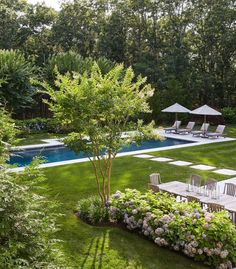 Beautifully landscaped backyard with pool Diy Garden, Garden Pool, Home And Garden, Outdoor Rooms, Outdoor Gardens, Outdoor Living, Swimming Pools Backyard, Backyard Landscaping, Landscaping Ideas