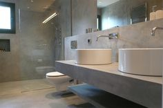 London Microcement is under construction Modern Bathroom Design, Bathroom Layout, Bathroom Wall, Bathroom Interior, Small Bathroom, Sink Taps, Minimal Decor, Minimalist Bathroom, Bathtub