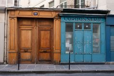   ♕   Rue du Marais, 19e, Paris   by © Philippe Payart   via ysvoice