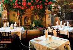 Patio dining at Dahl & Di Luca Ristorante Italiano Sedona Arizona