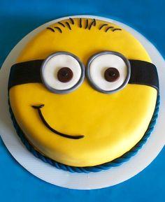 Bolo dos Minions ☺ Minions cake #festa #party