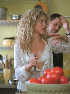 I love Shakira's hair!