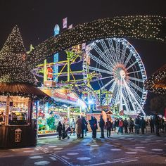 a7281c4f33d3 Discover the best Christmas Markets to visit in London. Shop for gifts