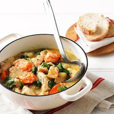 Creamy Chicken Casserole Recipe C/o Weight Watchers: http://thefashioncatalyst.com/site/2014/06/creamy-chicken-casserole-recipe-co-weight-watchers/