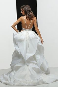 Simone Carvalli 90297 - Bridal Boutiques in NJ for the Couture Bride