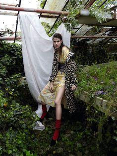 Vogue China August 2016 Vanessa Moody by Camilla Akrans - Fashion Editorials