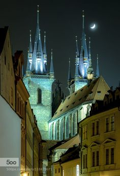 Gothic Prague - the Church of Our Lady before Tyn at night, Prague, Czechia Gothic Cathedral, Cathedral Church, Beautiful Streets, Beautiful Buildings, Prague City, Church Of Our Lady, Prague Czech Republic, City Aesthetic, Central Europe