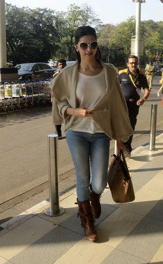 Deepika Padukone spotted at Mumbai Airport as she leaves for Jaipur