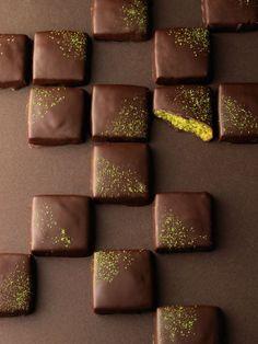 Matcha and chocolate shortbread recipe.