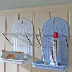 Enamel toothbrush holder