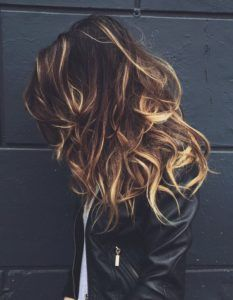 Now a thing: tortoise shell hair color.my hair is sort of the color of the highlights, would this work with purple tips? Tortoise Shell Hair, Tortoise Color, Dream Hair, Hair Day, My Hair, Gorgeous Hair, Amazing Hair, Beautiful Body, Beautiful Images