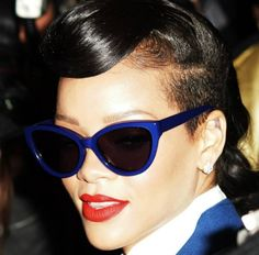 Rihanna paired with Cutler and Gross vintage frames in dark purple, at the Westfield Shopping Centre in Stratford. Blue frame with red lips brings sexy and cool together, special and stunning. Cutler And Gross, Stylish Sunglasses, Sunglasses Women, Rihanna Fenty, Cat Eye Glasses, Vintage Frames, Famous Faces, Looking Stunning, Eyewear
