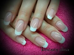 french nails art With Stones French Acrylic Nails, French Tip Nails, Gel French Manicure, Coconut Milk Shampoo, Gray Nails, Mani Pedi, Beauty Nails, Coffin Nails, Pretty Nails