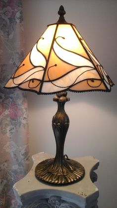 Stained glass lamp shade with custom base