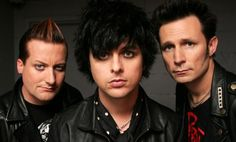 Green Day  For $499 - 3 nights in a luxurious Signature Unit - Welcome Reception (dinner, drinks, entertainment) - 2 tickets to Green Day - Local transportation to/from event