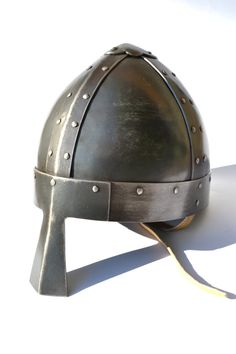 Viking conique Spangenhelm : Casque faites à la main on Etsy, 267,96 €