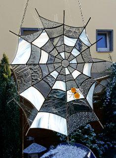 Deko-Objekte - Tiffany Wand - oder Fensterbild Spinnennetz - ein Designerstück von Die-Glasscherbe-Melanie-Bujacz bei DaWanda