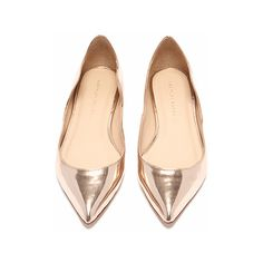 Loeffler Randall Milla scallop flat Rose gold leather FINAL SALE (2.180 CZK) ❤ liked on Polyvore featuring shoes, flats, flat pump shoes, genuine leather shoes, rose shoes, metallic gold shoes and loeffler randall shoes