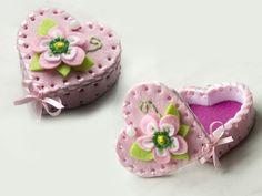 Pudełeczko z filcu - różowe, serce dla dziewczynki - Filcosie - Biżuteria do chrztu