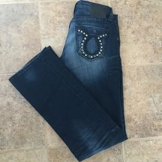 """Big Star Liv Jeans  Great condition! Big Star Liv Bootcut jeans. 28L, inseam is 32"""". Metal stud accented pockets, missing some studs(see photo) price reflects defects. I'm always open to reasonable offers through the offer button! PLEASE PLEASE PLEASE ASK ALL QUESTIONS BEFORE PURCHASING! Thank you for looking! ❣ Big Star Jeans Boot Cut"""