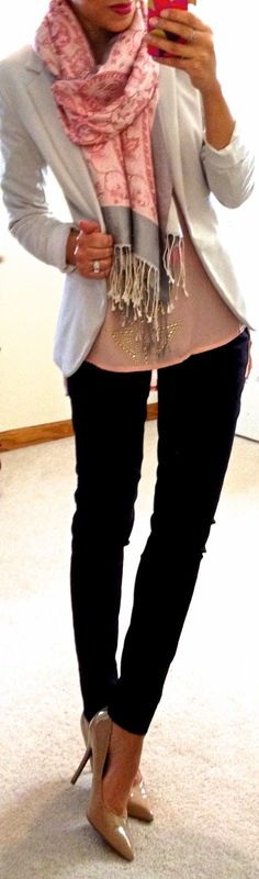 Cheap style with links to where you can get them!!!  Hello, Gorgeous!: I want her style!