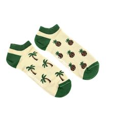 Men's Palm Tree Pineapple Ankle Socks | Mismatched by Design | Friday Sock Co. Ethically made in Italy. Click the link to see more designs!