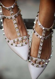 "I don't ""want"" these I ""NEED"" them.  Valentino Rockstud flats found on Nudevotion"