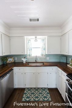 DIY Coastal Kitchen Makeover :: Hometalk Love what they did with the area above the cabinets, also the counter tops.-CZ