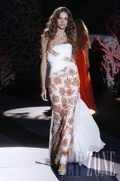 Zuhair Murad - Couture - Spring-summer 2009 - http://www.flip-zone.net/fashion/couture-1/fashion-houses/zuhair-murad-855