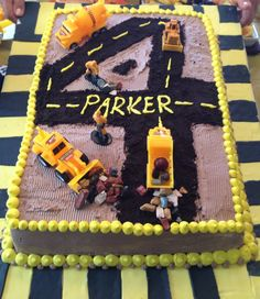 Construction themed 4 year old boy birthday cake. I think i should make a three and have this for walter!