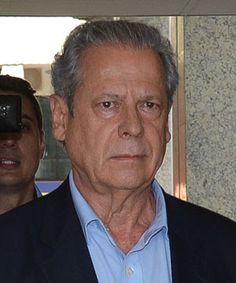 .: José Dirceu está preso, de novo.