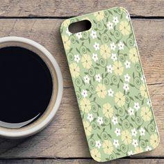 Flower Pattern iPhone SE Case | casefantasy
