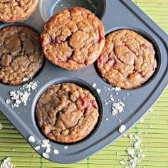 Healthy and yummy muffins with oatmeal, whole wheat flour, and flavored with bananas and strawberries.