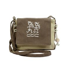 National Style Messenger Bag //Price: $24.52 & FREE Shipping // #purse #backpack #bagsdesigns