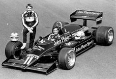 Nigel Mansell & Elio De Angelis with the Lotus 93T (1983)