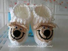 Botinha Baby Urso Cano curto!!! Cano curto ou longo escolha do cliente,bem como cor!!! Feito em crochê com linha de algodão e de alta qualidade!! Tamanho de 0 a 3 meses,3 a 6 meses e 6 a 9 meses!!! By Angela Franco!!! Inovando pra você!!!  MODELO EXCLUSIVO!!! R$ 24,00