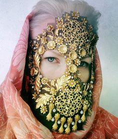 Mask by Damselfrau - read more on The Fiber Studio blog