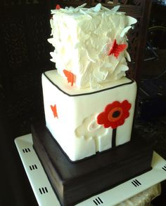 Red Poppy and Butterflies Cake