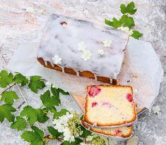 Ein vielfältiger Cake: Neben Himbeeren lassen sich auch Johannisbeeren, Brombeeren und Heidelbeeren oder Pfirsich-, Nektarinen-, Aprikosen- oder Mirabellenwürfel in diesem Kuchen verarbeiten. Loaf Cake, Feta, Camembert Cheese, Brunch, Dairy, Sweets, Bread, Baking, Desserts