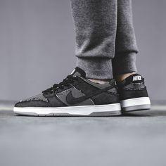 8a1f03f2dd36 Nike SB Dunk Low Elite