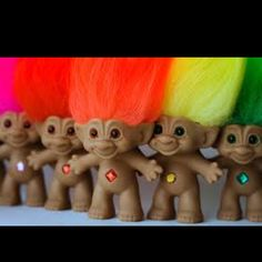 Troll Dolls - I had an awsome collection! I still remember when I lost my 'bride troll' in school, snif! 90s Childhood, My Childhood Memories, Magic Memories, Los Trolls, 90s Girl, Troll Dolls, 80s Kids, 90s Kids Toys, Early 90s Toys