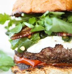 Green chile bacon burgers with goat cheese // I need to make these immediately!