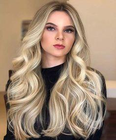 Facial sensual drilled long hair