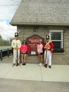 Goulbourn Museum was a happening place to be this weekend! We hosted the 100th (Prince Regent's County of Dublin) Regiment who attracted a lot of attention from passers-by. Photographed here with two ladies visiting from Edmonton, Alberta who couldn't pass on an opportunity to get this snapshot as a souvenir of their trip to Ottawa. Wishing you all a safe and happy Victoria Day weekend!