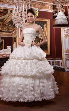 Ärmelloses niedrige Taille swing romantisches bodenlanges Brautkleid mit Falte Mieder