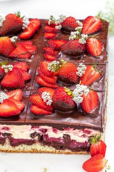 Delicious Cake Recipes, Sweets Recipes, Yummy Cakes, Cooking Recipes, Desserts, Strawberry Flan Cake Recipe, Cream Pie, Cakes And More, Love Food