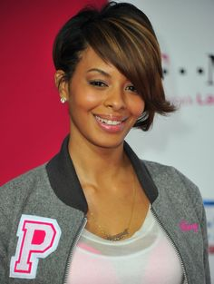 More Pics of Vanessa Simmons Inverted Bob