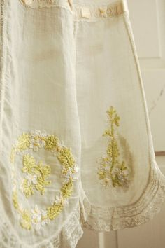 embroidered apron- beautiful details
